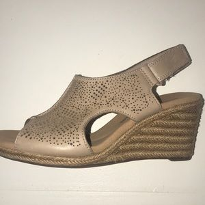 Clark's Collection Nude Soft Cushion Wedge Sandals